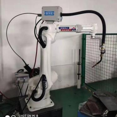 山东迪曼焊接机器人